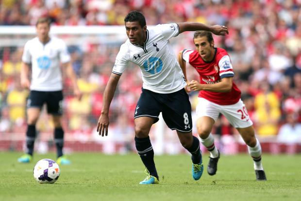 Paulinho unhappy with Spurs role