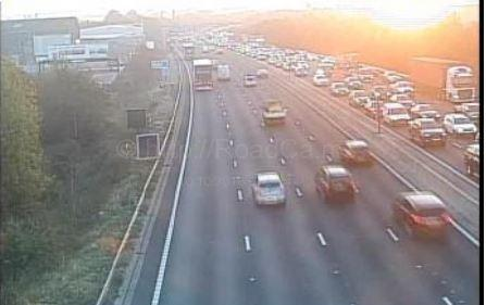 Traffic building up on the M25 clockwise